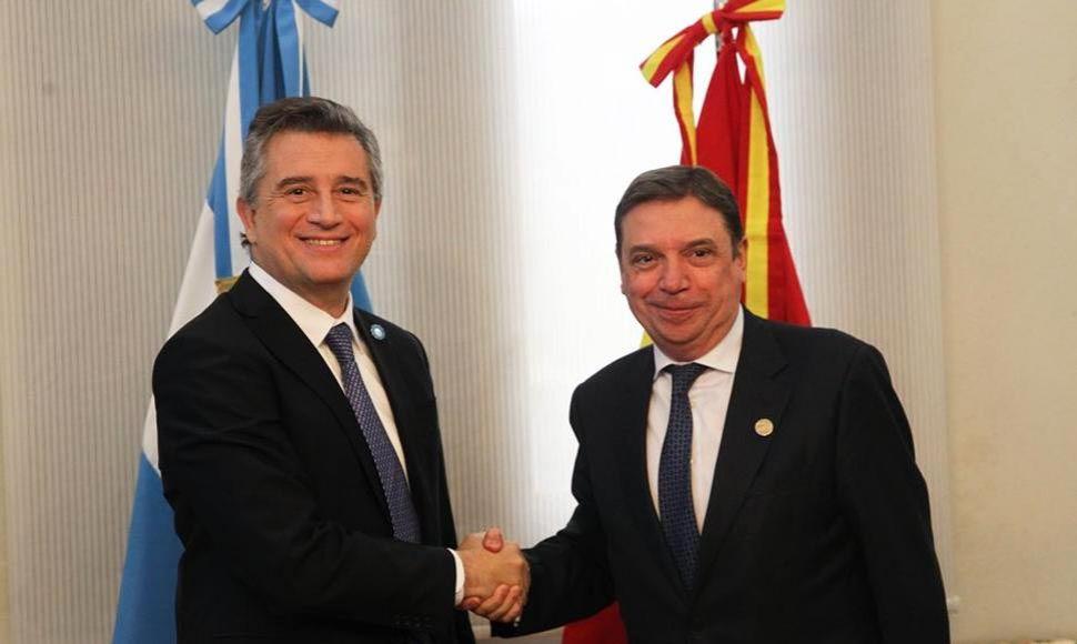 Luis Miguel Etchevehere Luis Planas